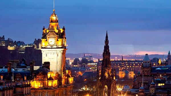 Ven a escocia y descubre una tierra llena de leyendas for Oficinas de vueling en barcelona
